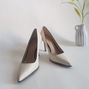 NWOB-COACH Waverly Beadchain Pointed-Toe Pumps-10